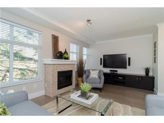 """Photo 4: 89 15833 26TH Avenue in Surrey: Grandview Surrey Townhouse for sale in """"BROWNSTONES"""" (South Surrey White Rock)  : MLS®# F1433090"""