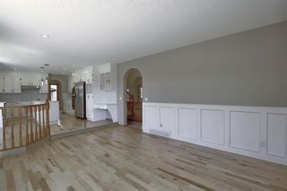 Photo 18: 83 SILVERSTONE Road NW in Calgary: Silver Springs Detached for sale : MLS®# A1022592