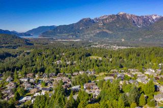 """Photo 7: 2013 GLACIER HEIGHTS Place in Squamish: Garibaldi Highlands Land for sale in """"Garibaldi Highlands"""" : MLS®# R2557068"""