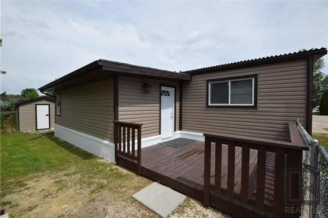 Welcome to 8 Cedar Cres, Fully Updated Inside & Out