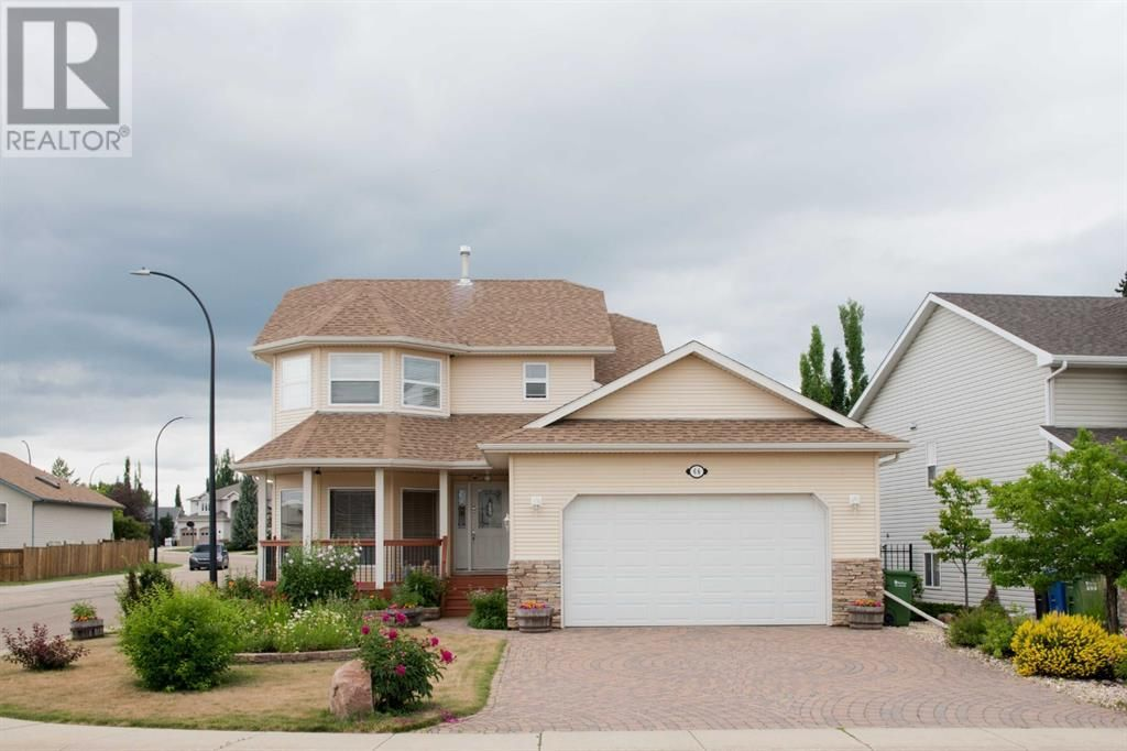 Main Photo: 68 Dowler Street in Red Deer: House for sale : MLS®# A1126800