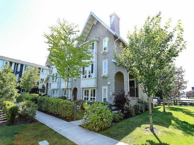 """Main Photo: 107 2418 AVON Place in Port Coquitlam: Riverwood Townhouse for sale in """"LINKS"""" : MLS®# V1035908"""