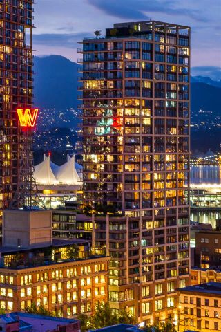 """Photo 1: 2503 128 W CORDOVA Street in Vancouver: Downtown VW Condo for sale in """"WOODWARDS W43"""" (Vancouver West)  : MLS®# R2161032"""