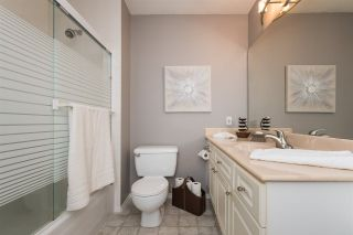 """Photo 13: 516 13900 HYLAND Road in Surrey: East Newton Townhouse for sale in """"HYLAND GROVE"""" : MLS®# R2294948"""