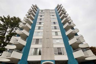 "Photo 4: 802 4691 W 10TH Avenue in Vancouver: Point Grey Condo for sale in ""Westgate"" (Vancouver West)  : MLS®# R2502529"