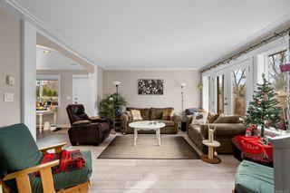 Photo 6: 3125 Irma St in : Vi Burnside Row/Townhouse for sale (Victoria)  : MLS®# 870031