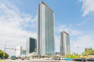 """Photo 3: 3107 13615 FRASER Highway in Surrey: Whalley Condo for sale in """"KING GEORGE HUB"""" (North Surrey)  : MLS®# R2617610"""