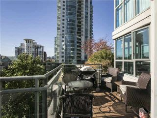 """Photo 5: 703 1128 QUEBEC Street in Vancouver: Mount Pleasant VE Condo for sale in """"The National"""" (Vancouver East)  : MLS®# V1138628"""