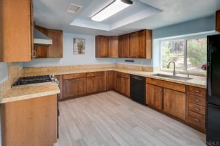 Photo 2: RANCHO PENASQUITOS House for sale : 3 bedrooms : 9221 Lethbridge Way in San Diego