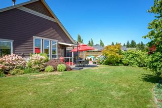 Photo 32: 2043 Evans Pl in Courtenay: CV Courtenay East House for sale (Comox Valley)  : MLS®# 882555