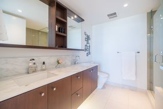 """Photo 10: 2205 1028 BARCLAY Street in Vancouver: West End VW Condo for sale in """"PATINA"""" (Vancouver West)  : MLS®# R2268183"""