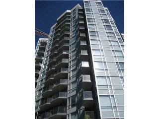 """Photo 2: 401 1212 HOWE Street in Vancouver: Downtown VW Condo for sale in """"1212 HOWE"""" (Vancouver West)  : MLS®# V866406"""