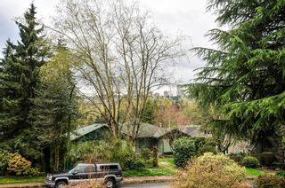 Photo 4: 5683 EGLINTON STREET in Burnaby: Deer Lake Place House for sale (Burnaby South)  : MLS®# R2155405