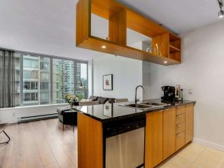 """Photo 2: 1001 1010 RICHARDS Street in Vancouver: Yaletown Condo for sale in """"THE GALLERY"""" (Vancouver West)  : MLS®# R2584548"""