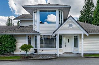 """Photo 4: 129 8737 212 Street in Langley: Walnut Grove Townhouse for sale in """"Chartwell Green"""" : MLS®# R2490439"""