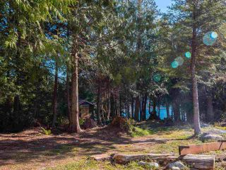 Photo 8: 7735 REDROOFFS Road in Halfmoon Bay: Halfmn Bay Secret Cv Redroofs House for sale (Sunshine Coast)  : MLS®# R2564522