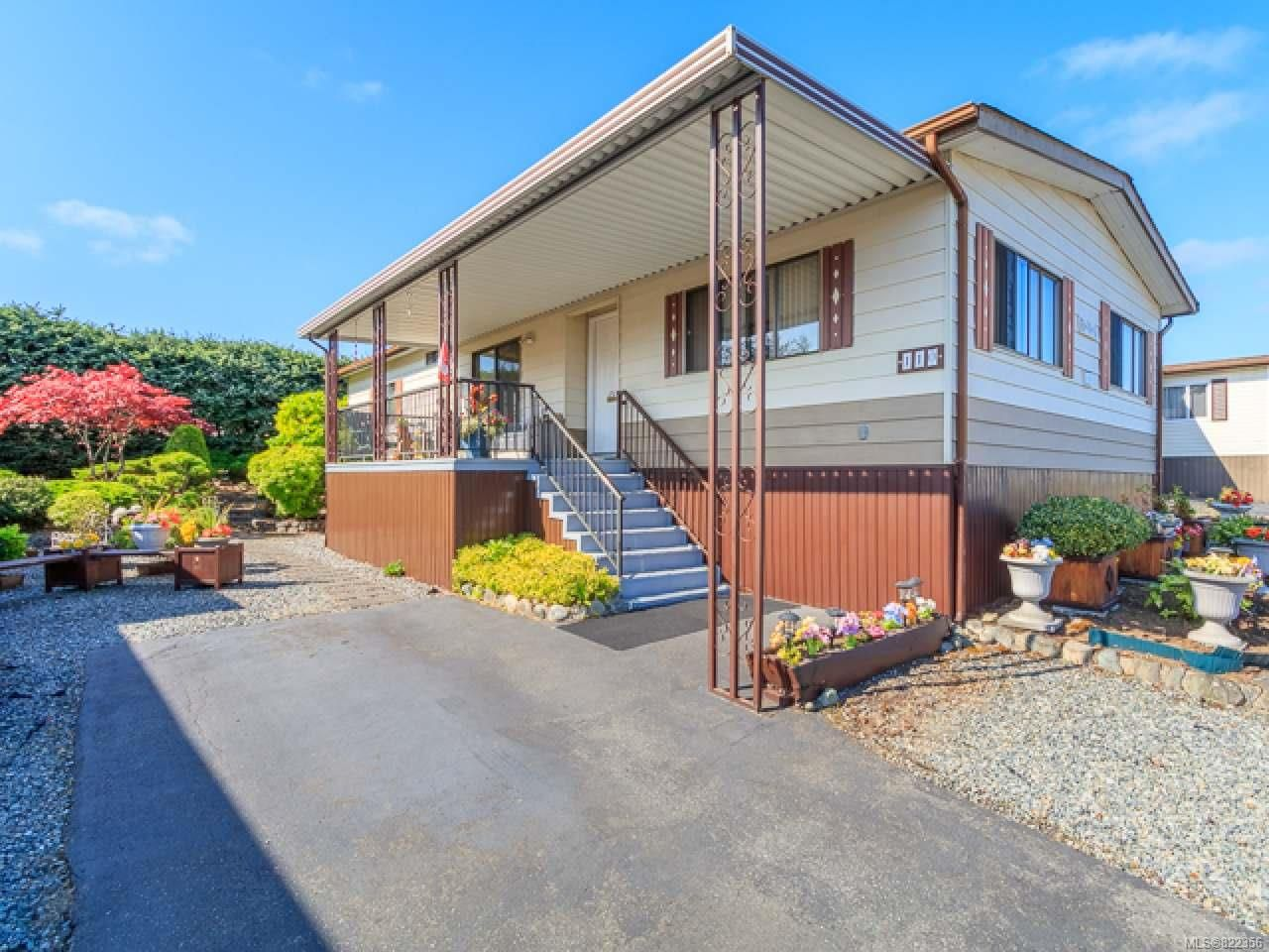 Main Photo: 110 6325 Metral Dr in NANAIMO: Na Pleasant Valley Manufactured Home for sale (Nanaimo)  : MLS®# 822356