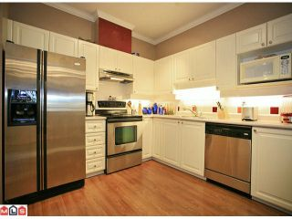 "Photo 5: 304 5646 200TH Street in Langley: Langley City Condo for sale in ""CAMBRIDGE COURT"" : MLS®# F1202070"