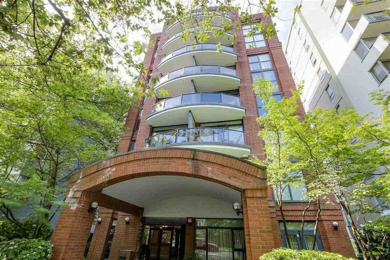 FEATURED LISTING: 302 - 1520 HARWOOD Street Vancouver