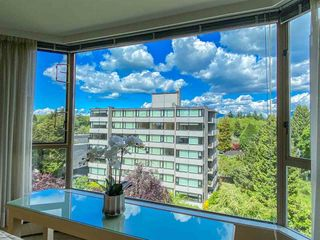 """Photo 9: 601 2108 W 38TH Avenue in Vancouver: Kerrisdale Condo for sale in """"THE WILSHIRE"""" (Vancouver West)  : MLS®# R2577338"""