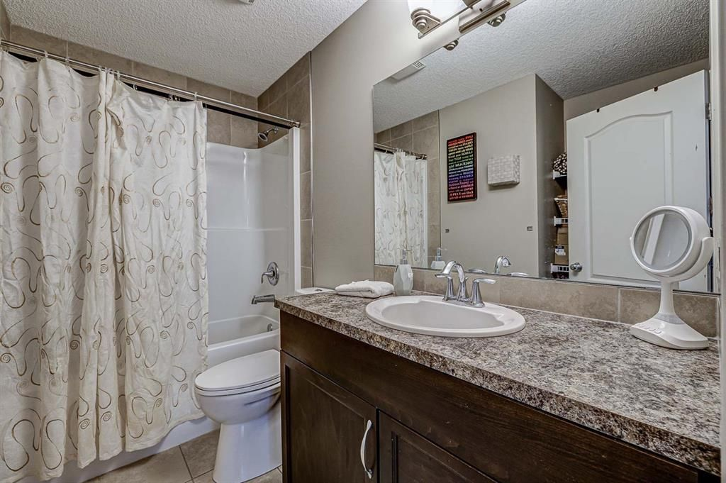 Photo 40: Photos: 200 EVERBROOK Drive SW in Calgary: Evergreen Detached for sale : MLS®# A1102109