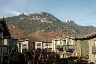 """Photo 18: 38343 SUMMIT'S VIEW Drive in Squamish: Downtown SQ Townhouse for sale in """"NATURE'S GATE EAGLEWIND"""" : MLS®# R2327010"""