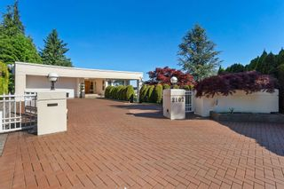 Photo 2: 2102 WESTHILL Place in West Vancouver: Westhill House for sale : MLS®# R2594860