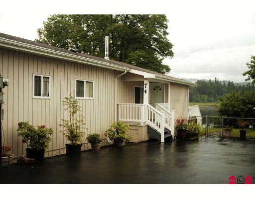 """Main Photo: 74 9950 WILSON Street in Mission: Stave Falls Manufactured Home for sale in """"Ruskin Place"""" : MLS®# F2819648"""