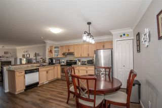 Photo 2: 38 1205 MONTREAL Street in Smithers: Smithers - Town Townhouse for sale (Smithers And Area (Zone 54))  : MLS®# R2567399