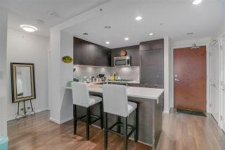 "Photo 2: 2105 3102 WINDSOR Gate in Coquitlam: New Horizons Condo for sale in ""CELADON"" : MLS®# R2536535"