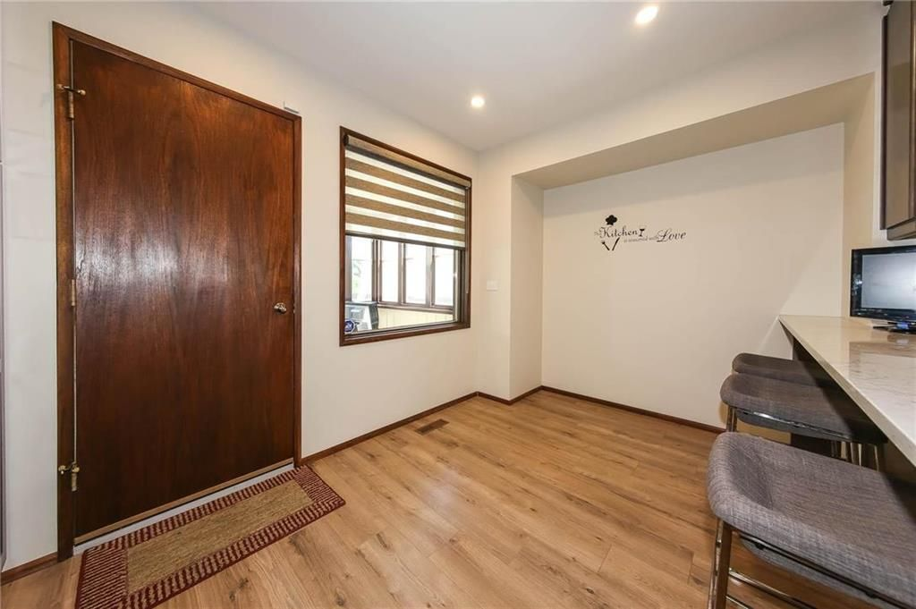 Photo 6: Photos: 80 Malcana Street in Winnipeg: North Kildonan Residential for sale (3G)  : MLS®# 202014380