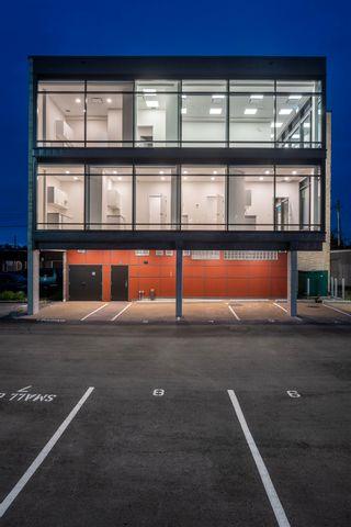 Photo 2: 304 11770 FRASER STREET in Maple Ridge: East Central Office for lease : MLS®# C8039572