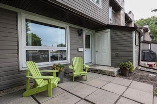 Photo 3: 211 3915 Grant Avenue in Winnipeg: Charleswood Condominium for sale (1G)  : MLS®# 202115328