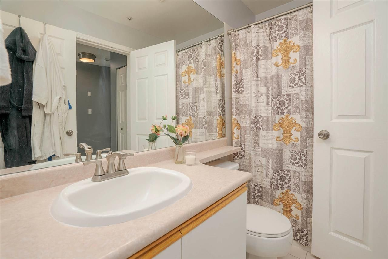 "Photo 13: Photos: 313 295 SCHOOLHOUSE Street in Coquitlam: Maillardville Condo for sale in ""CHATEAU ROYALE"" : MLS®# R2262209"