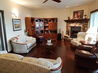 Photo 9: 1505 Sunshine Place SE: High River Detached for sale : MLS®# C4289996