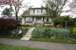 Photo 1: 3341 West 34th Avenue in Vancouver: Home for sale