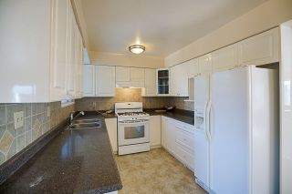 Photo 6: 6049 49B Avenue in Delta: Holly House for sale (Ladner)  : MLS®# R2221972