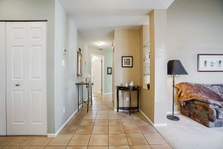 Photo 6: 37 19649 53 AVENUE in Langley: Langley City Townhouse for sale : MLS®# R2482903