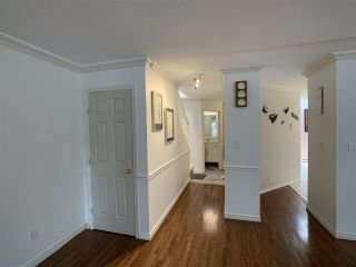 """Photo 7: 5 1552 EVERALL Street: White Rock Townhouse for sale in """"Everall Court"""" (South Surrey White Rock)  : MLS®# R2510712"""