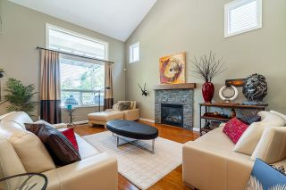 """Photo 7: 6918 208B Street in Langley: Willoughby Heights House for sale in """"Milner Heights"""" : MLS®# R2503739"""