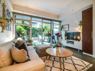 """Photo 13: 222 256 E 2ND Avenue in Vancouver: Mount Pleasant VE Condo for sale in """"Jacobsen"""" (Vancouver East)  : MLS®# R2495462"""