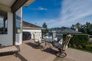 """Photo 17: 670 CLEARWATER Way in Coquitlam: Coquitlam East House for sale in """"Lombard Village- Riverview"""" : MLS®# R2218668"""