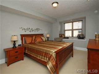 Photo 10: 209 755 Goldstream Ave in VICTORIA: La Langford Proper Condo for sale (Langford)  : MLS®# 590944
