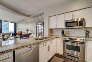 Photo 16: 2702 10136 104 Street in Edmonton: Zone 12 Condo for sale : MLS®# E4256502