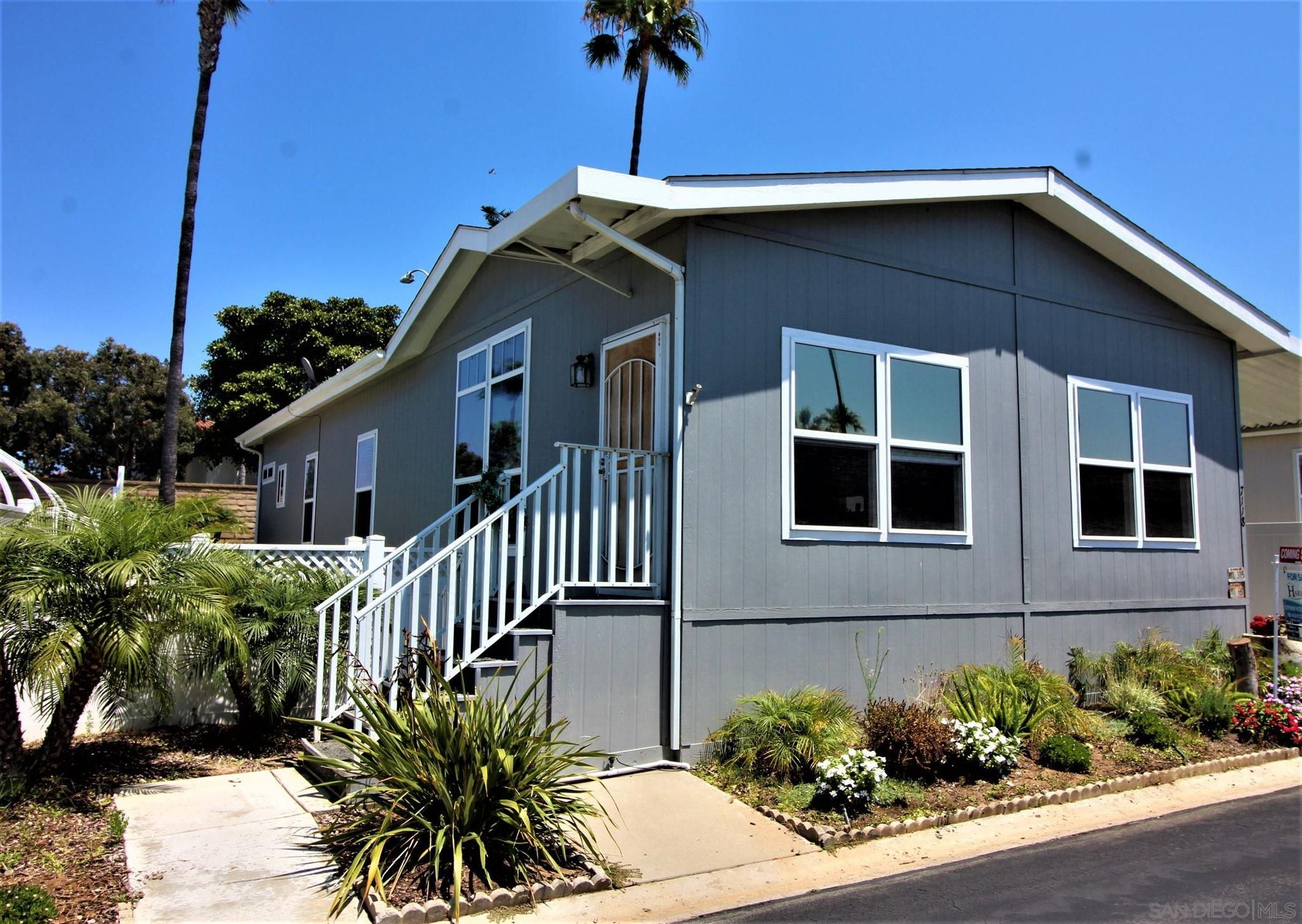 Main Photo: CARLSBAD WEST Manufactured Home for sale : 3 bedrooms : 7118 San Bartolo #3 in Carlsbad
