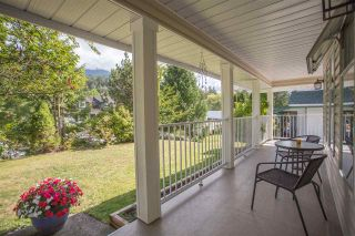 Photo 2: 40745 N HIGHLANDS Way in Squamish: Garibaldi Highlands House for sale : MLS®# R2264372