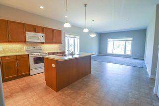 Photo 4: 113 804 Manitoba Avenue in Selkirk: R14 Condominium for sale : MLS®# 202114831