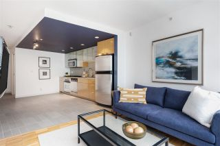 """Photo 8: 1507 33 SMITHE Street in Vancouver: Yaletown Condo for sale in """"COOPERS LOOKOUT"""" (Vancouver West)  : MLS®# R2539609"""