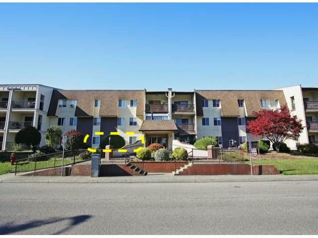 Main Photo: 107 2821 Tims Street in Abbotsford: Condo for sale : MLS®# R2306992