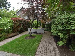 """Photo 20: 2669 W 10TH Avenue in Vancouver: Kitsilano Townhouse for sale in """"SIGNATURE COURT"""" (Vancouver West)  : MLS®# R2166556"""